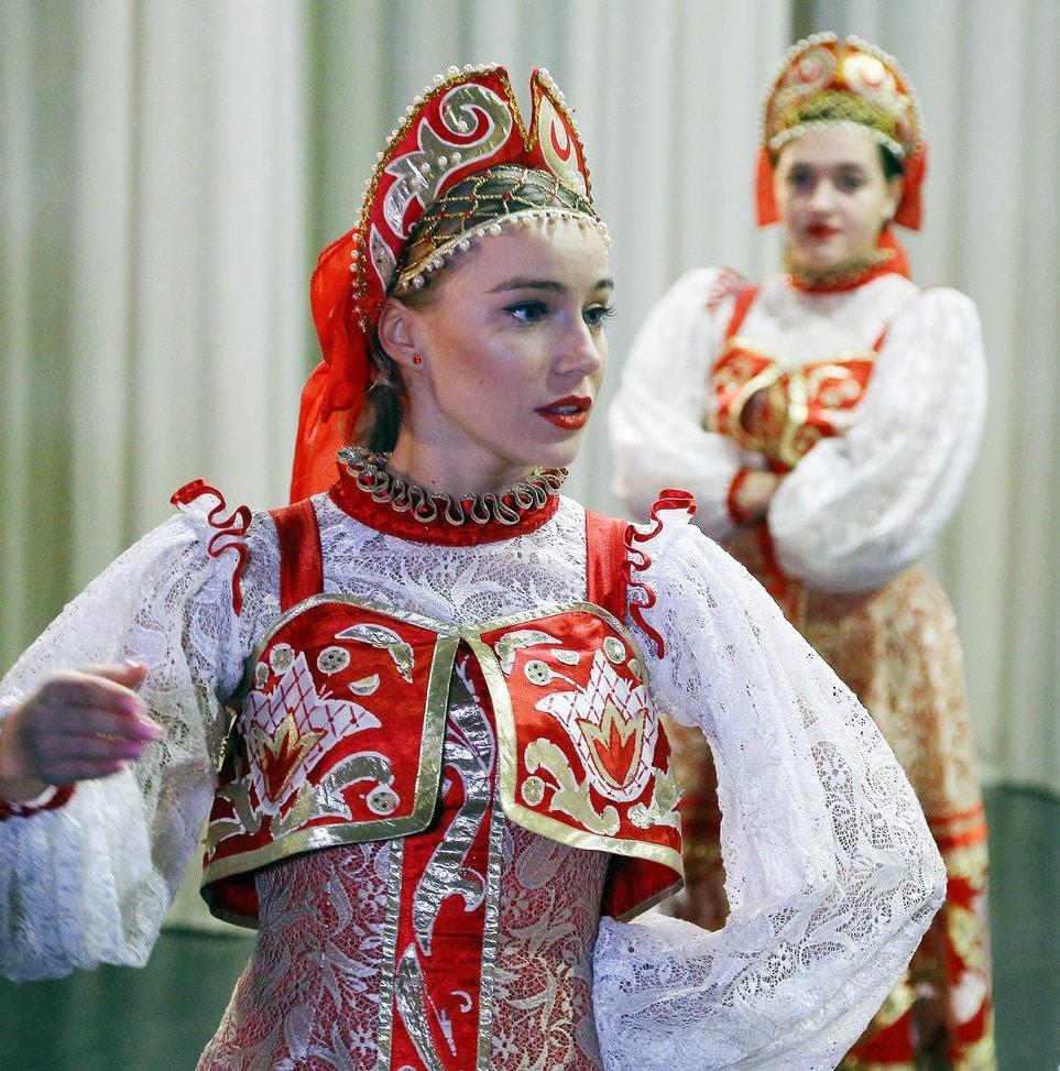 Арина Постникова